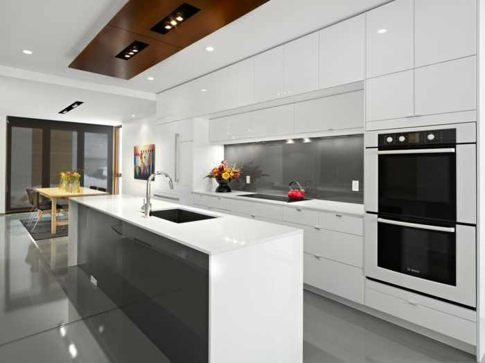 cuisine ikea blanche mobilier finitions brillantes