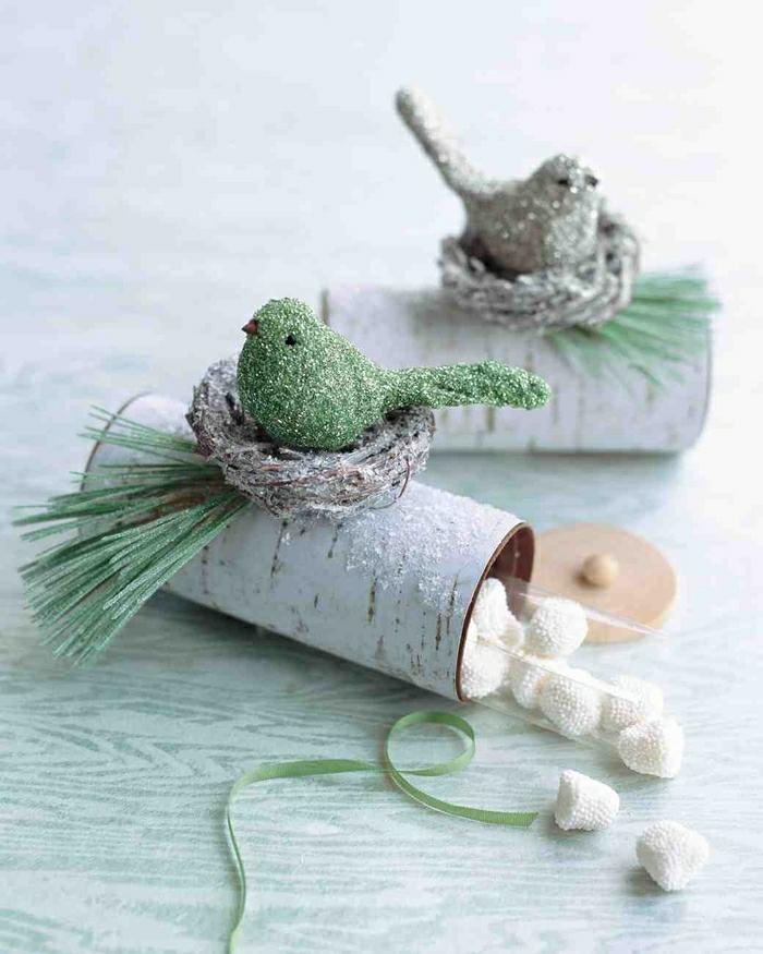 décoration nid d'oiseau rouleaux de papier toilette
