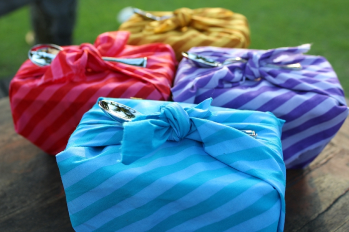 emballer avec tissu furoshiki