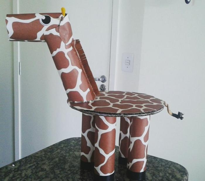 girafe rouleaux de papier toilette