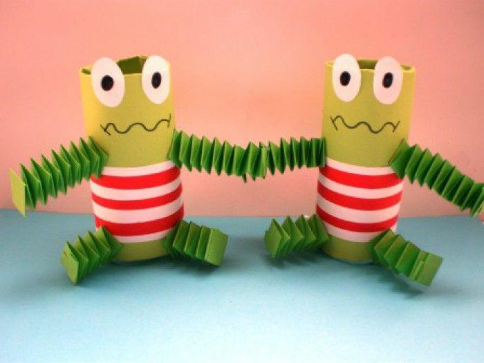 grenouilles tubes de papier toilette