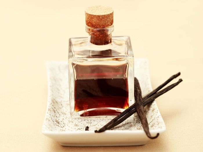 huile essentielle de vanille baume à lèvres