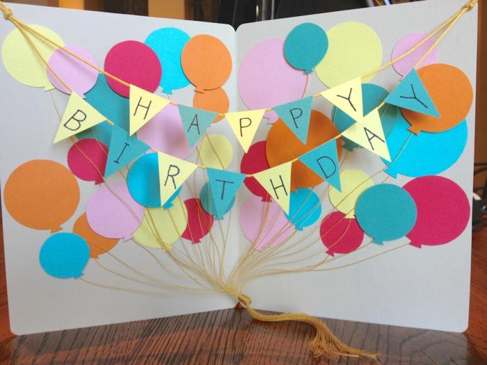 idée avec ballons carte d' anniversaire