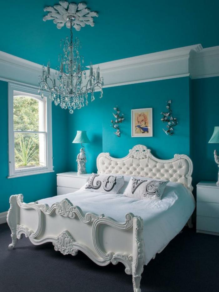 idée chambre bleu canard et blanc