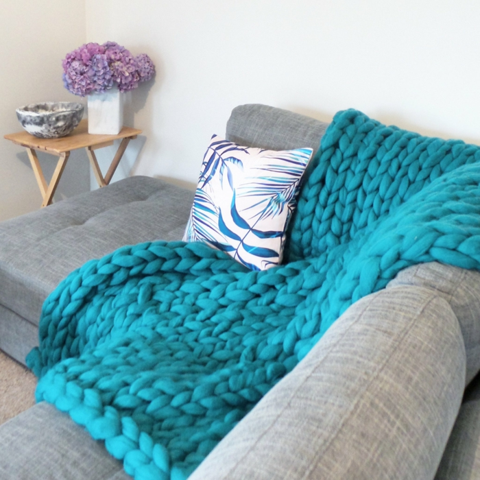 idée couverture moderne arm knitting
