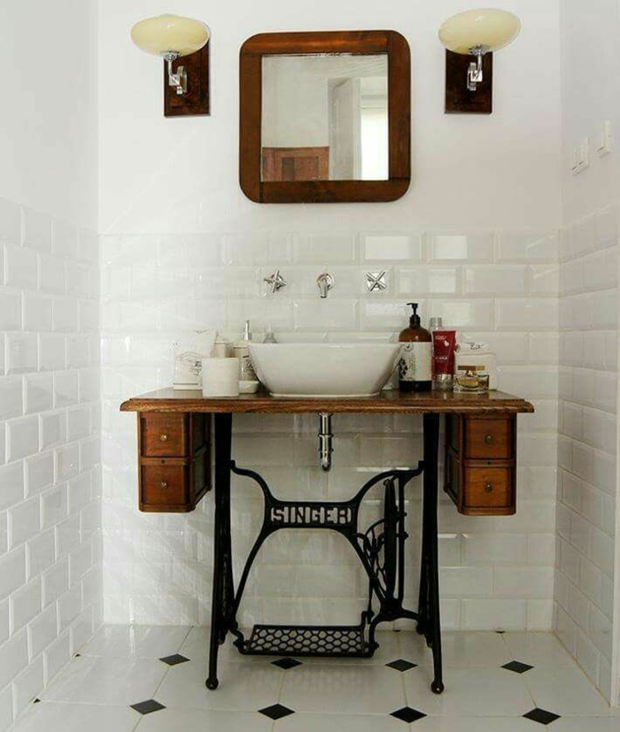 idée utilisation machine à coudre salle de bains