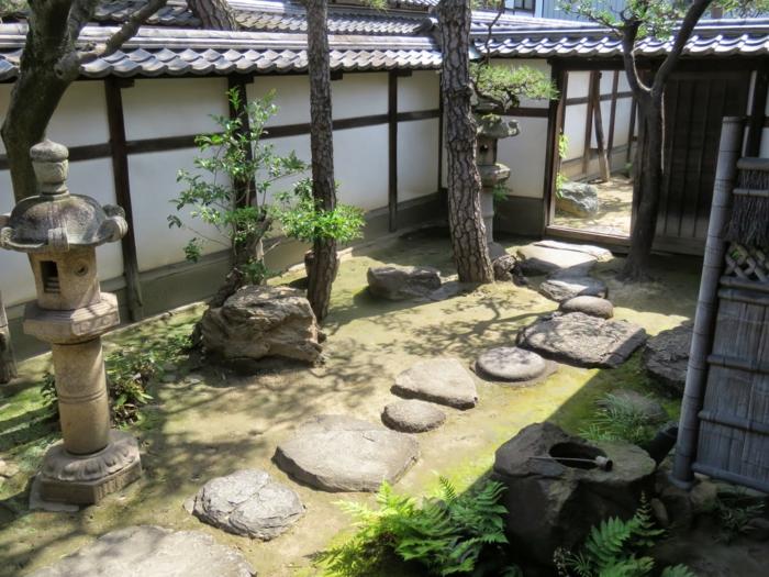jardin maison traditionnelle japonaise