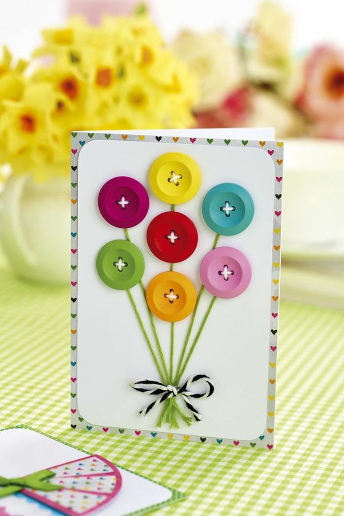jolie carte d' anniversaire avec boutons