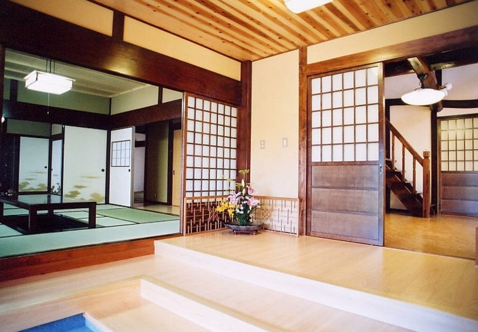 maison traditionnelle au japon