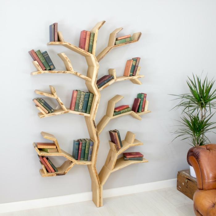 meuble bibliothèque en forme d'arbre