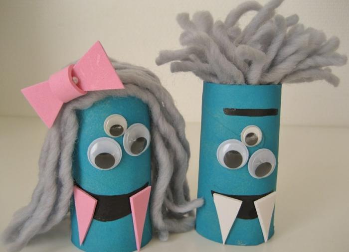 monstres de rouleaux de papier toilette
