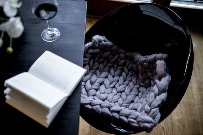 proposition pour la chaise arm knitting