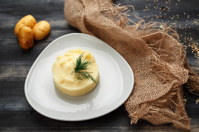 может подача картофельного пюре в ресторане фото фона снимке другой
