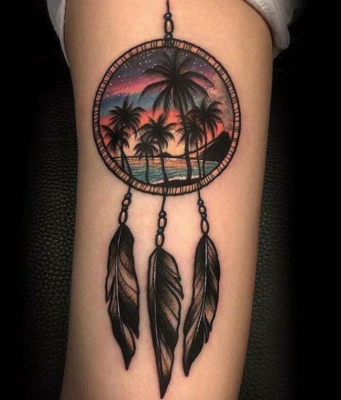 tatouage attrape-rêve île exotique