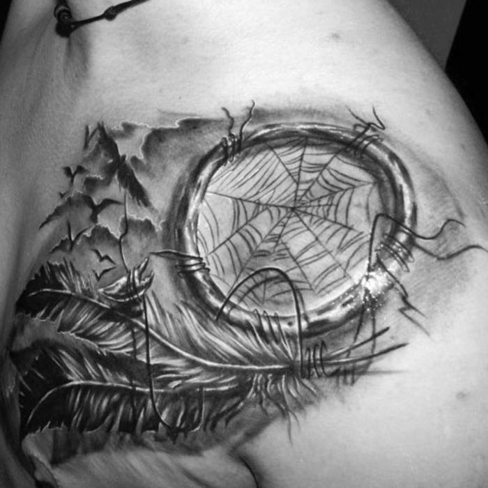 tatouage attrape-rêve homme idée