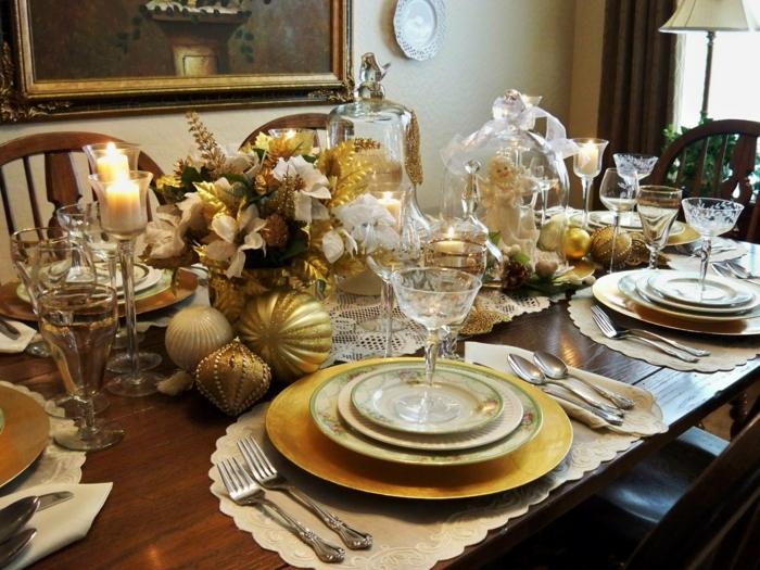boules d'or décoration de table de noël