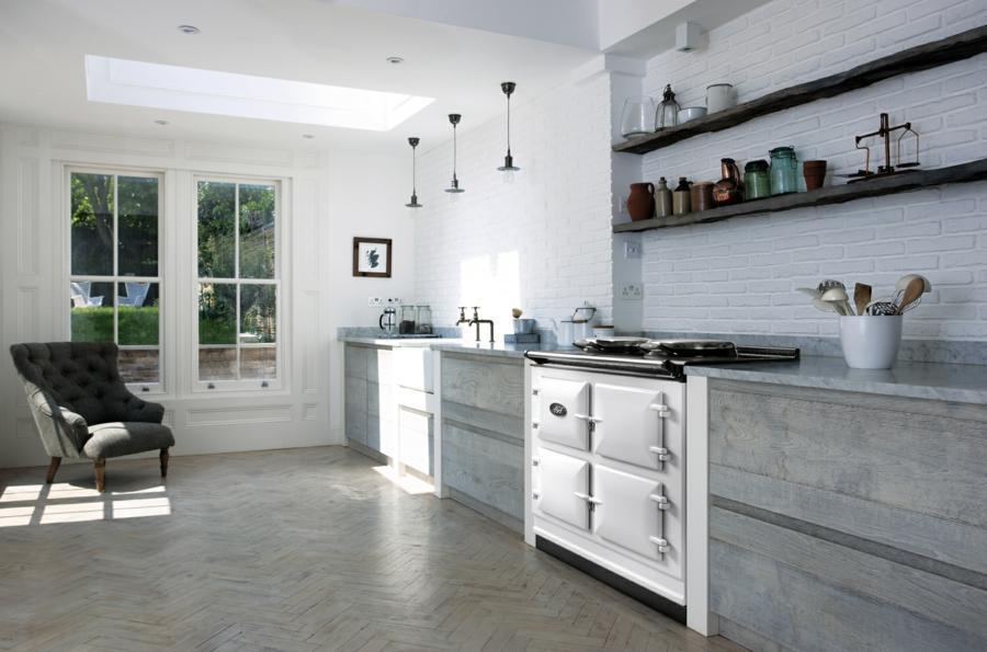Cuisine rustique moderne 30 id es d 39 une conception r ussie for Aga kitchen design ideas