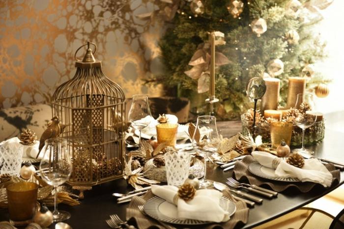 déco thématique noël en or décoration de table de noël