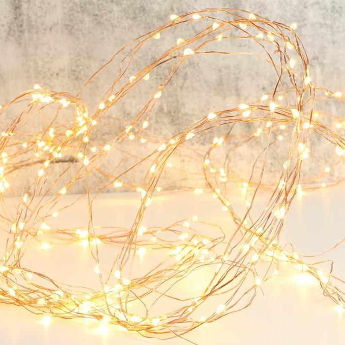 décoration de Noël avec guirlande