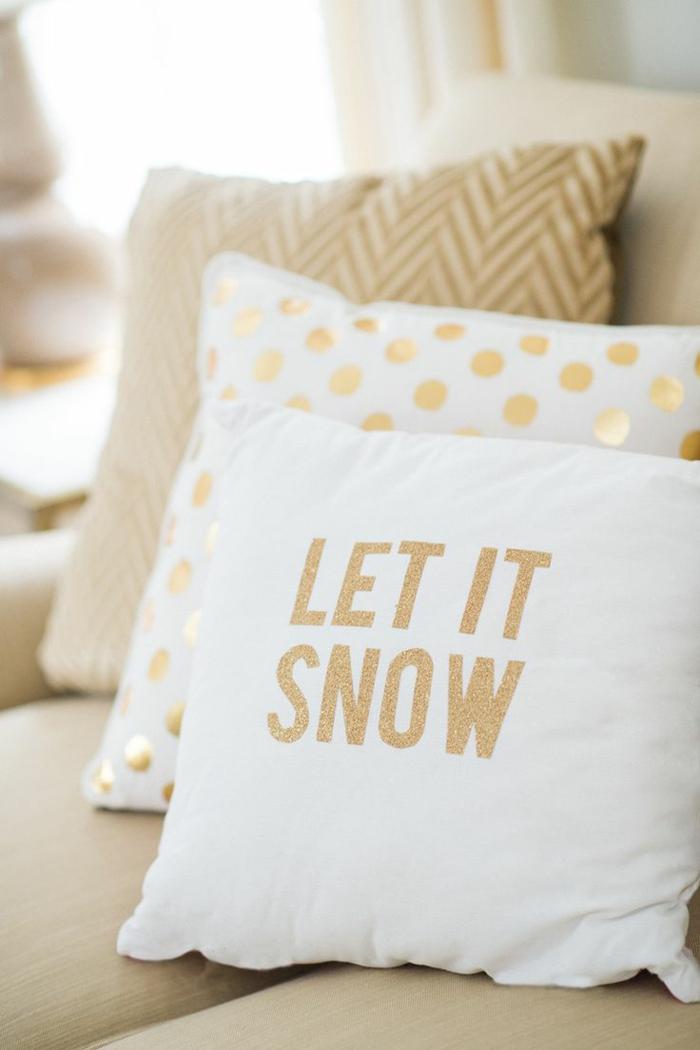 décoration de Noël coussin let it snow