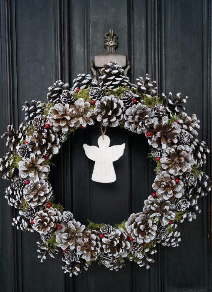 décoration de Noël pour votre porte d'entrée