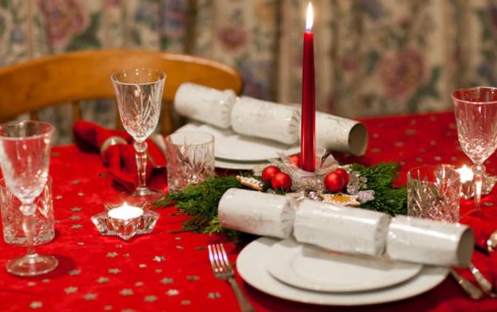 décoration de table de noël idée comment décorer table festive