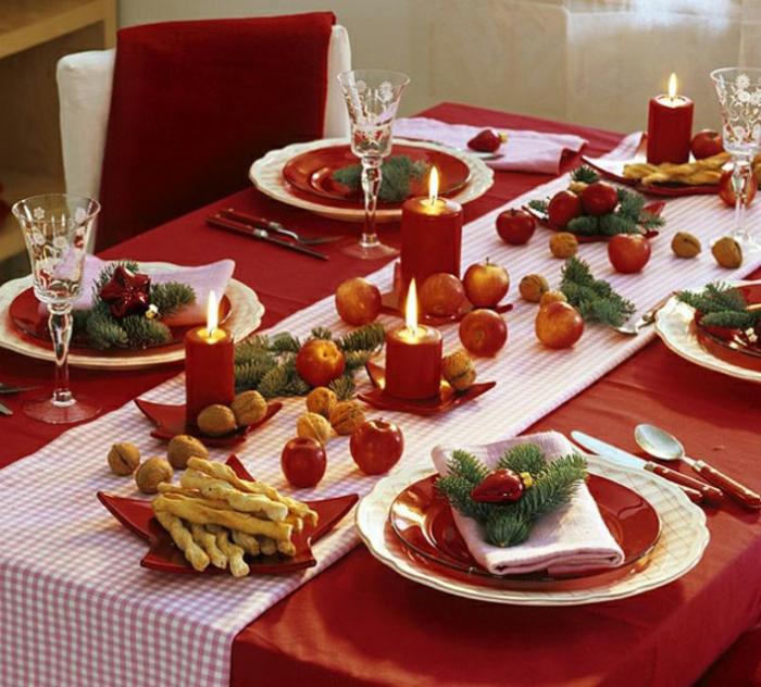 décoration de table de noël idée déco rouge