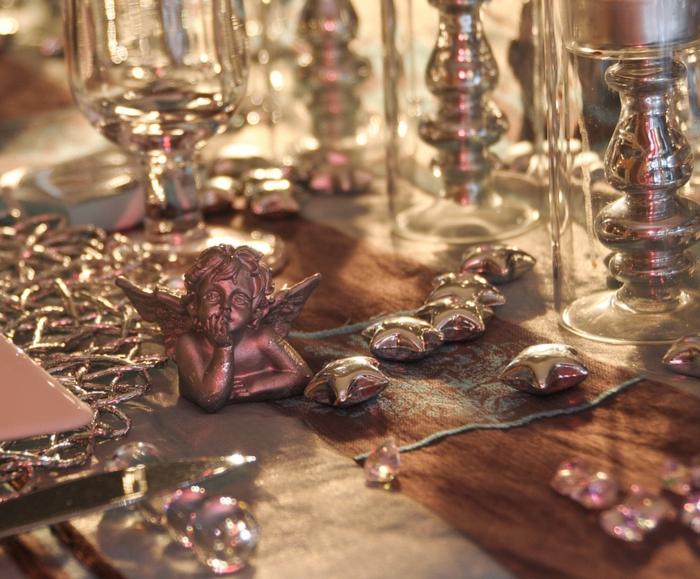 décoration de table de noël petites figurines thématiques