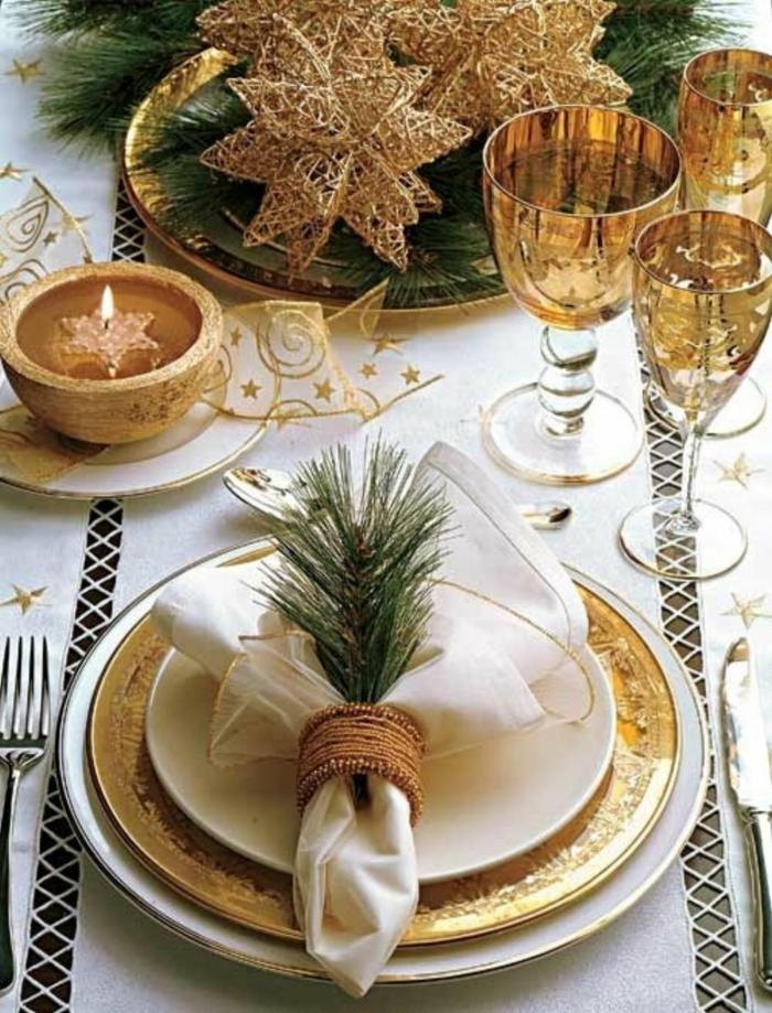 décoration de table de noël pliage de serviette original