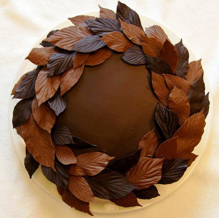 gâteau au chocolat feuille d'automne