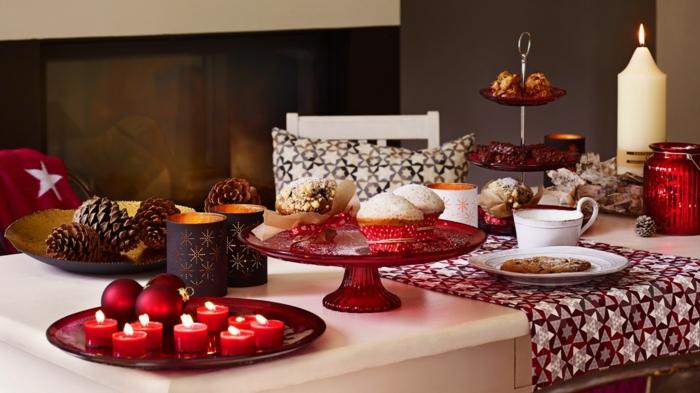 home décoration de table de noël traditionnelle