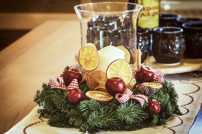 idée décoration de Noël avec fruits et bougies