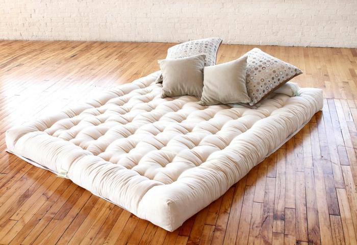 intérieur japonais lit futon