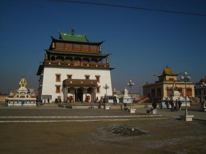 oulan-bator capitale bâtiments architecture mongole