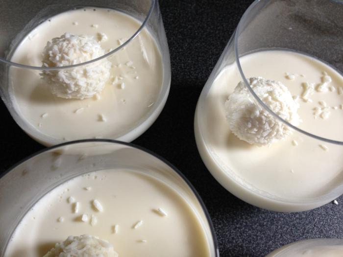 panna cotta à la noix de coco idée recette avec du lait