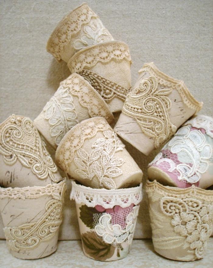 pots de fleurs déco avec dentelle