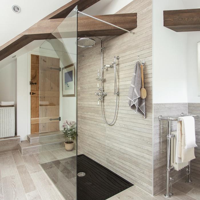 salle de bains idée aménagement de combles