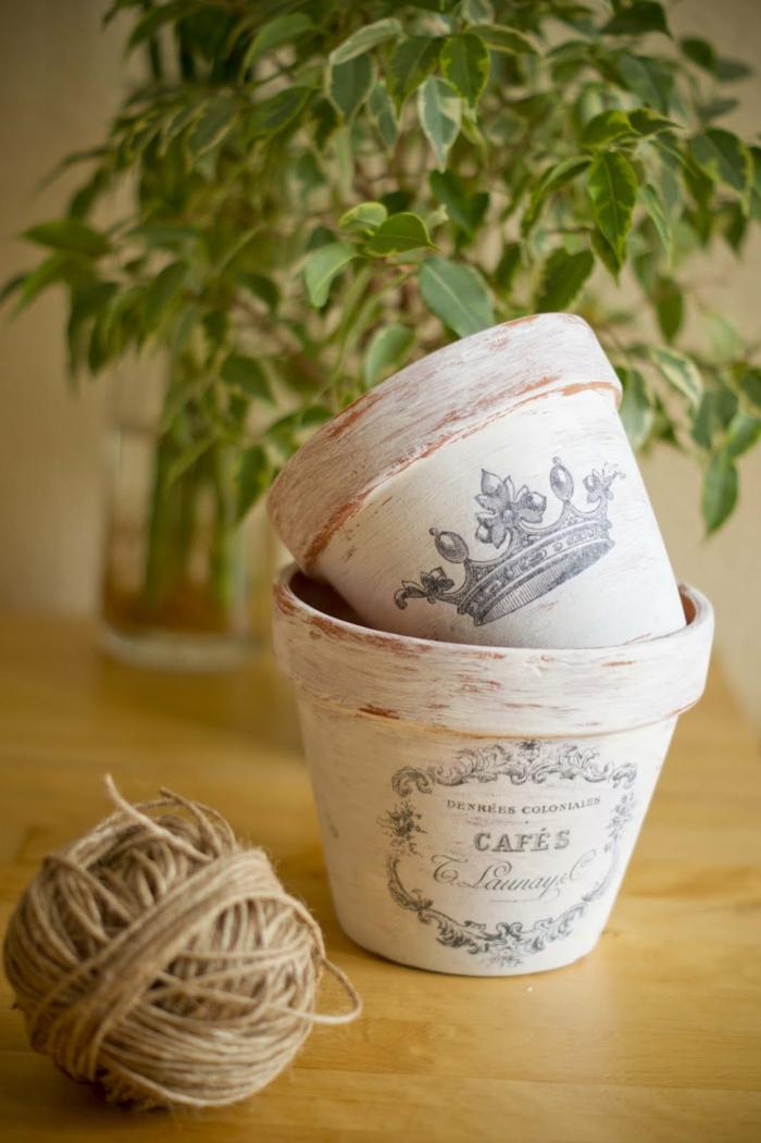 technique découpage pour les pots de fleurs