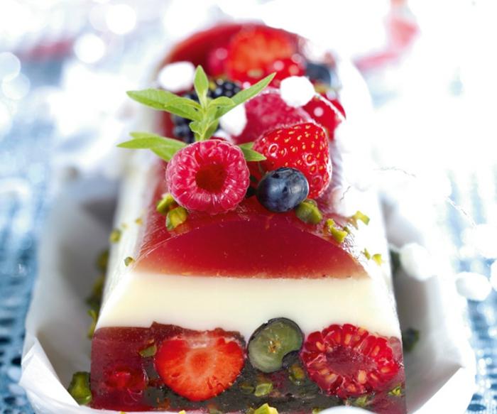 terrine aux fruits rouges et lait d'amande