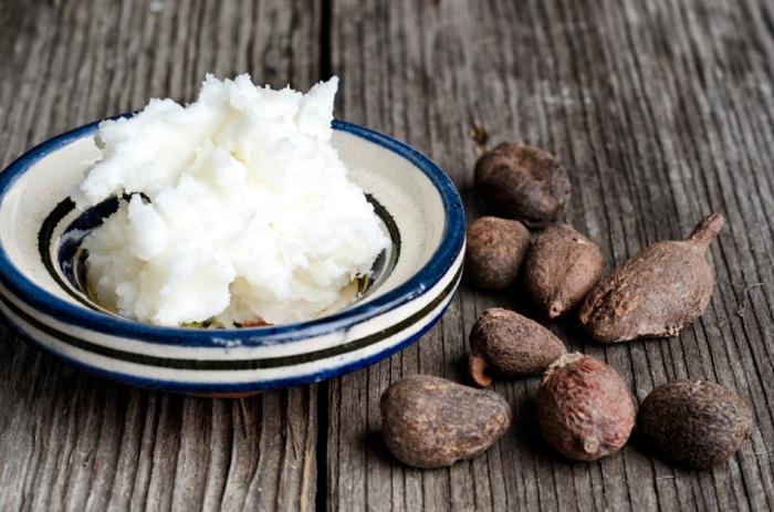 beurre de karité pour une huile hydratane visage