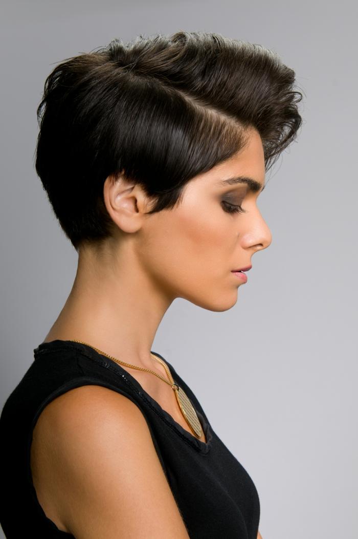 cheveux courts faire pousser les cheveux plus vite