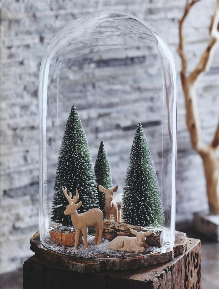 cloches en verre et rennes