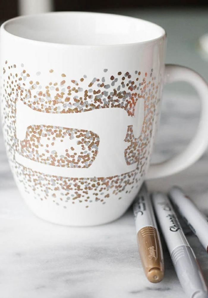 idée mug personnalisé sharpie design machine à coudre