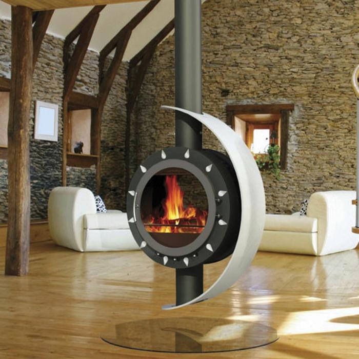 intérieur style maison de campagne poêle à bois suspendu