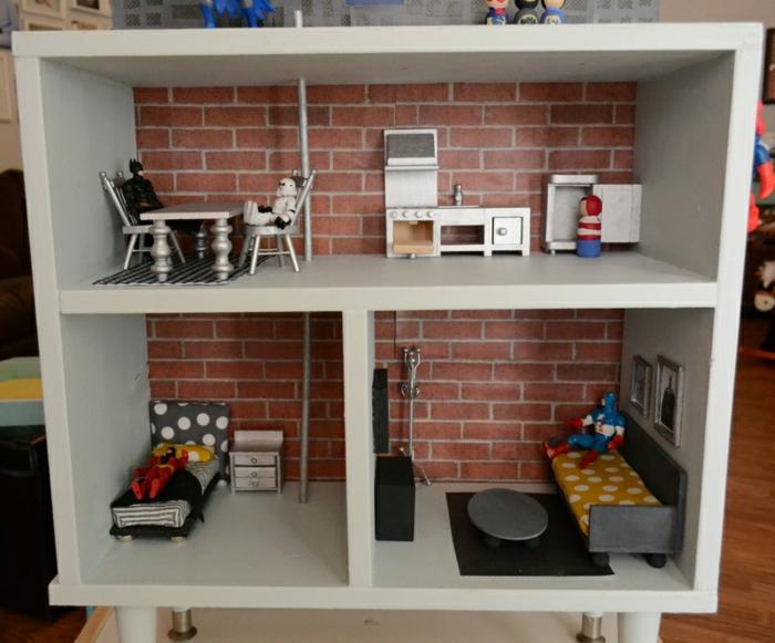 maison de poupée en bois deux étages meubles