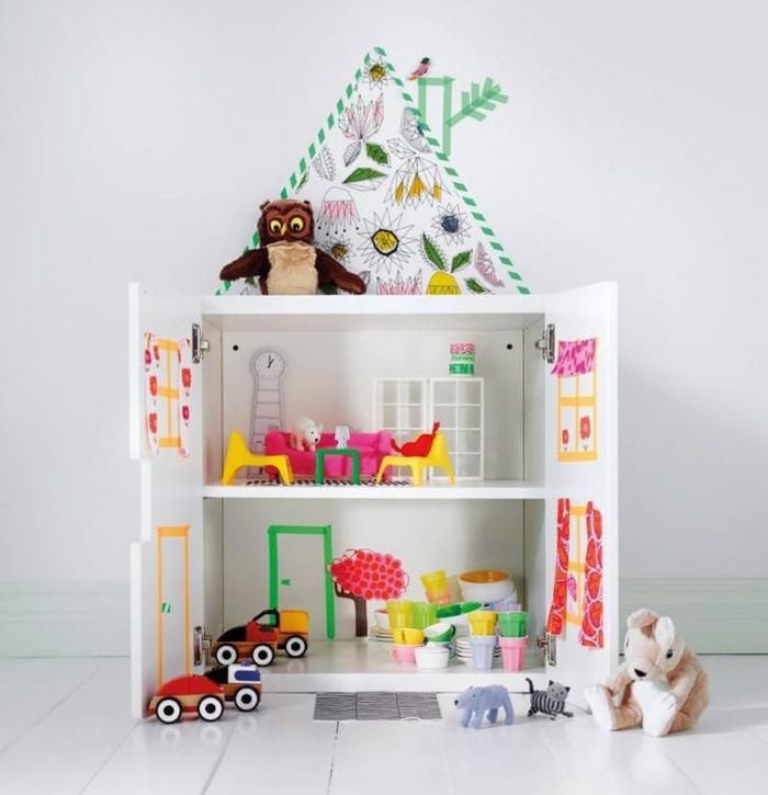 maison de poupée en bois idée ancien buffet