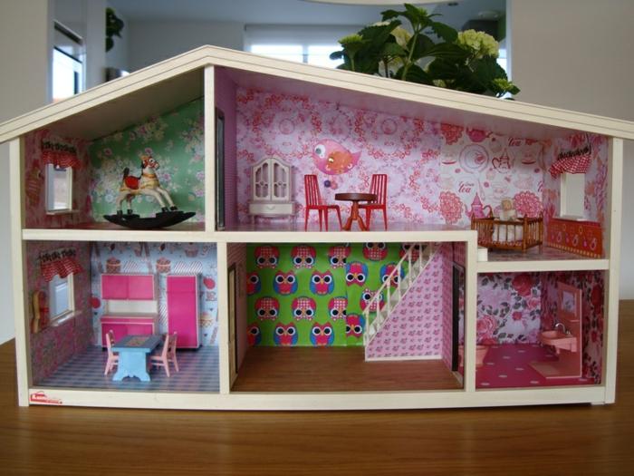 maison de poupée en bois style vintage