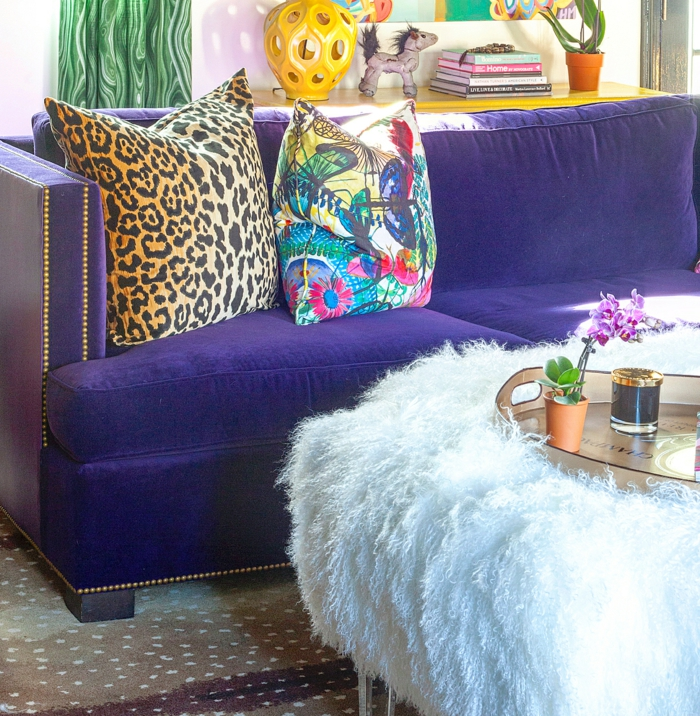 meubles en ultra violet