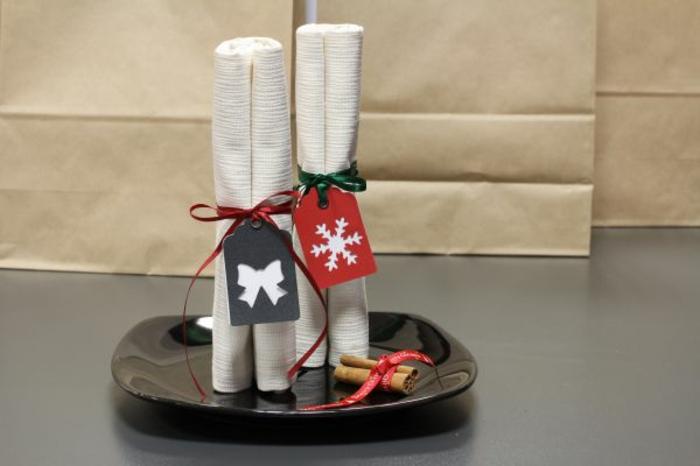 pliage de serviette pour noël rouleaux