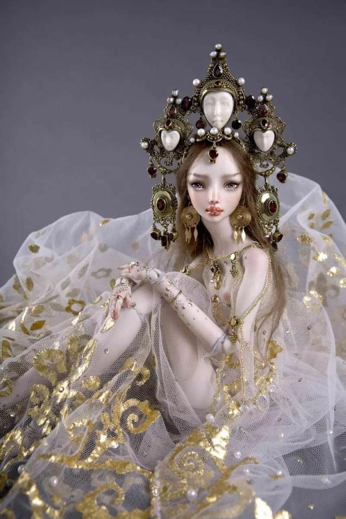 poupée réaliste porcelaine enchanted doll